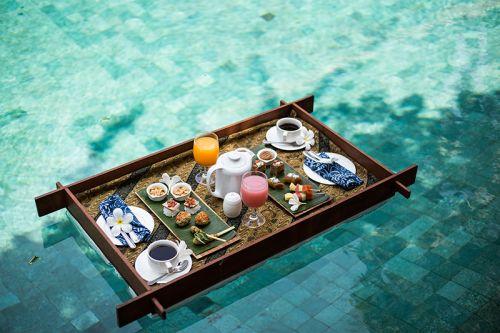 Floating Tea Time