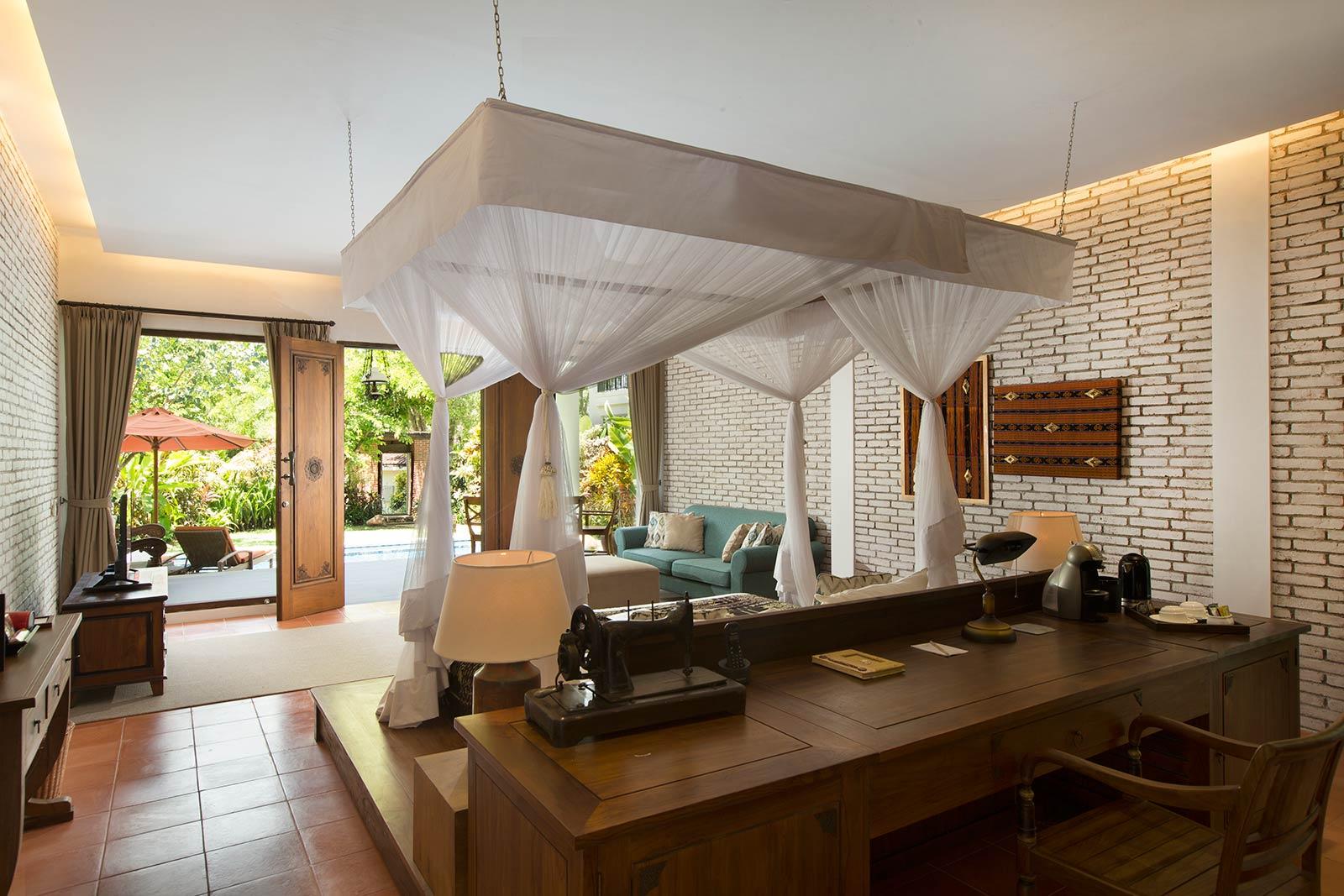 Exclusive Modern Beach Front Villa