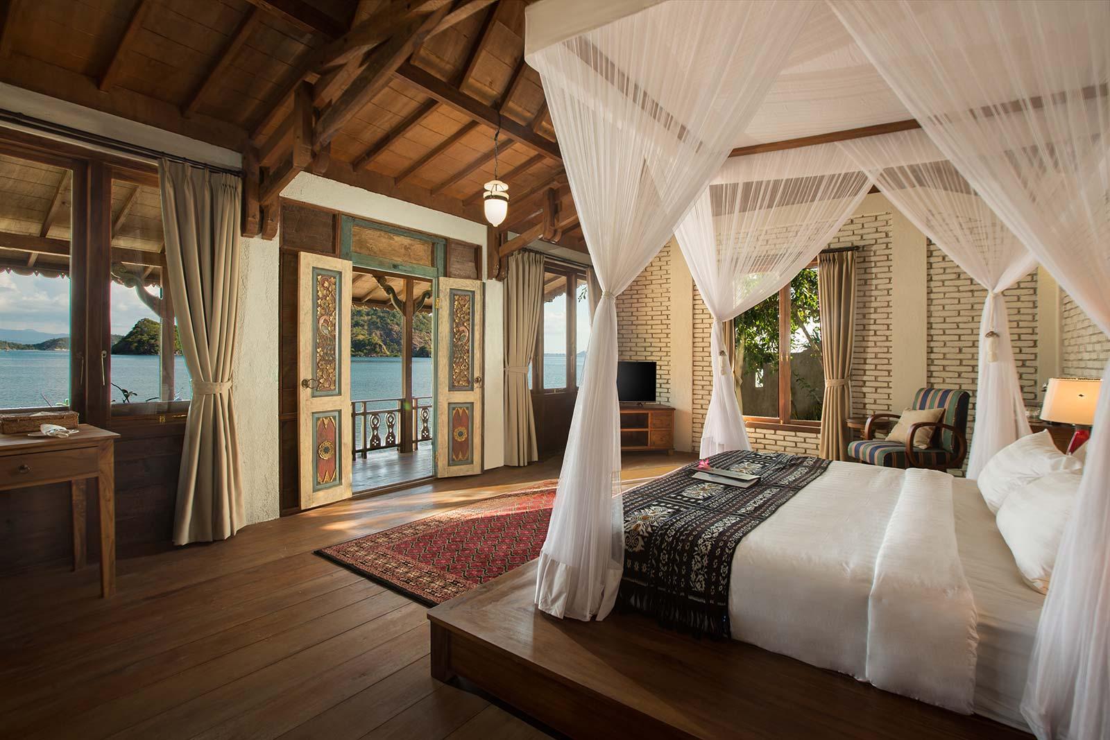 Executive Ocean Front Villa