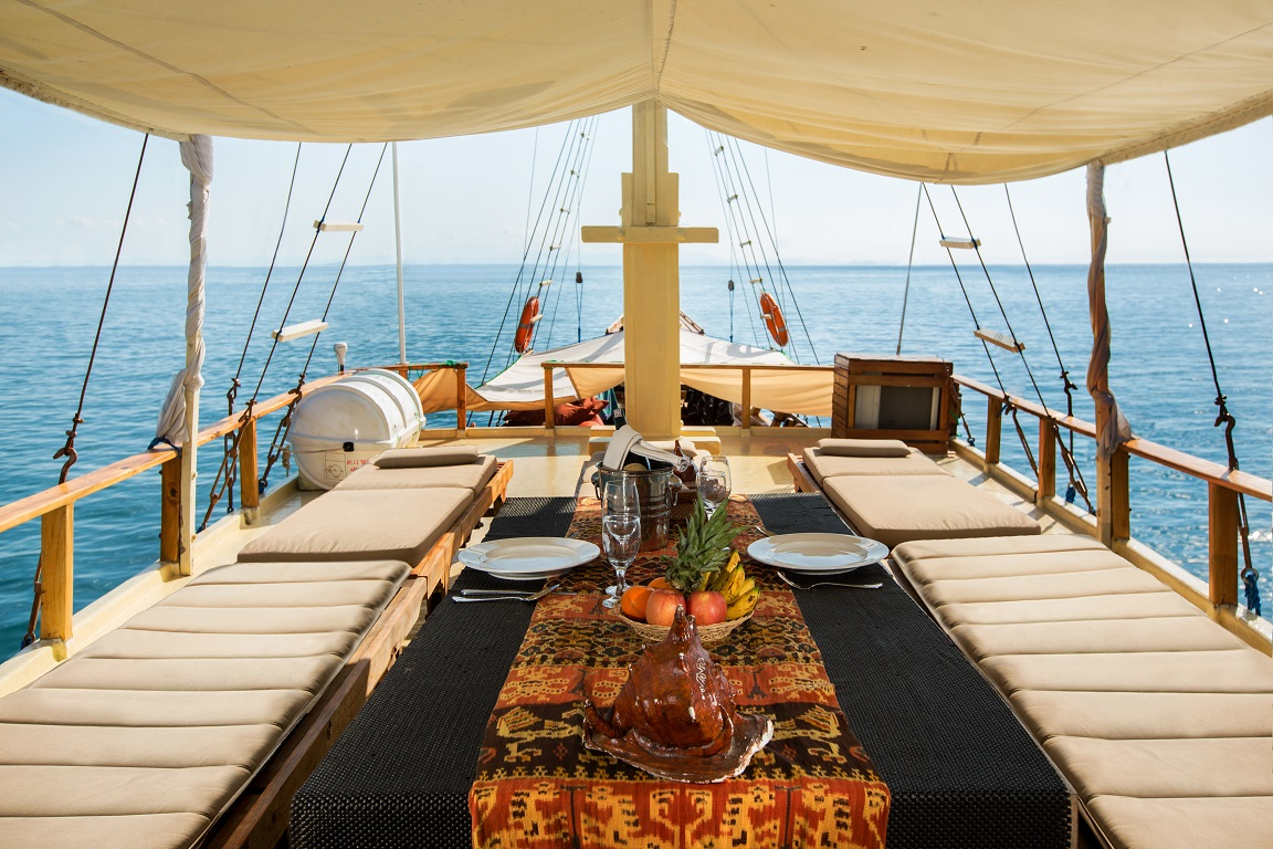 Dinner Aboard Luxury Wooden Phinisi