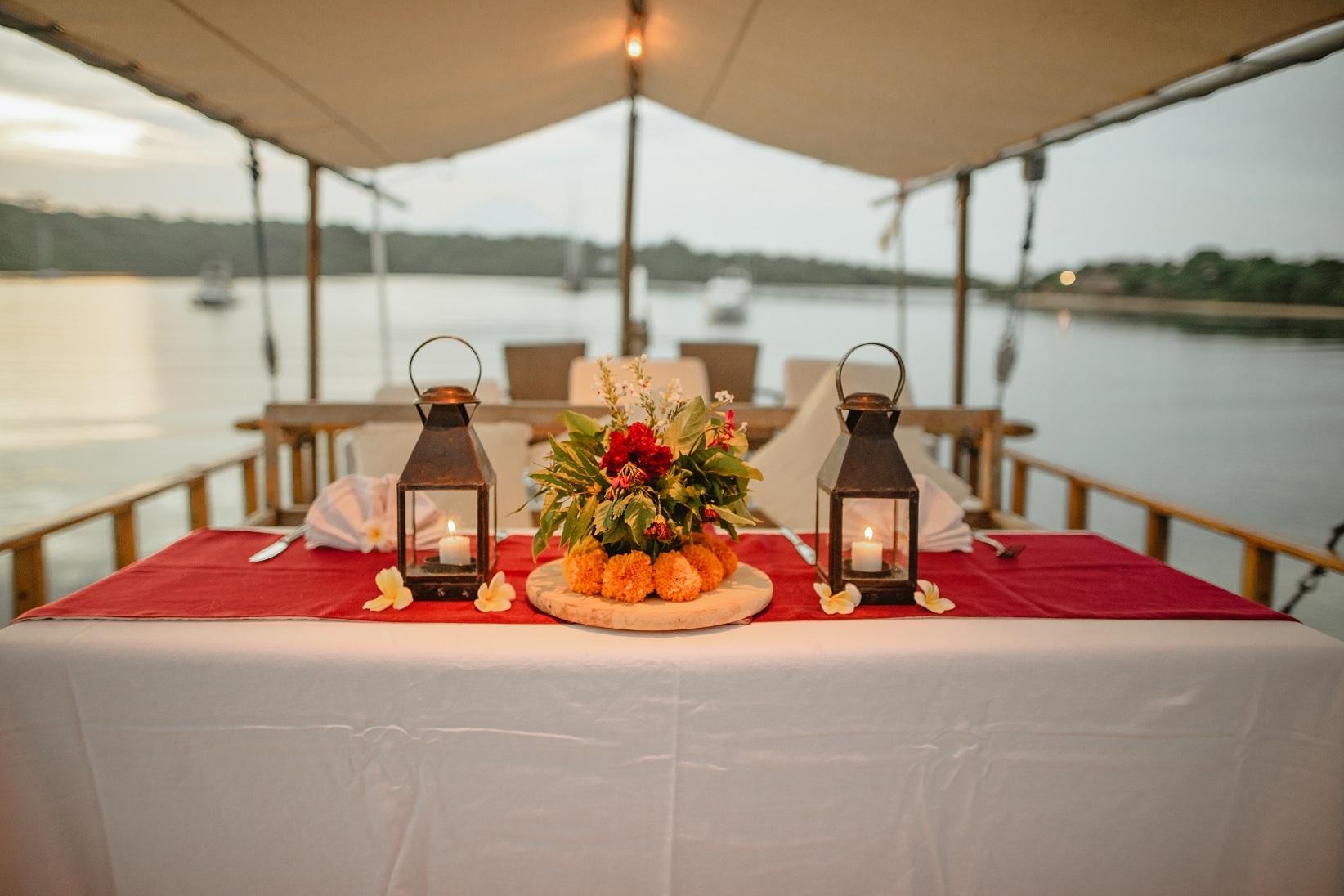 Serene Bay Dining