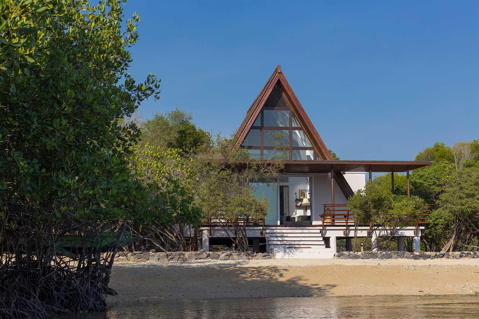 ocean villa by plataran